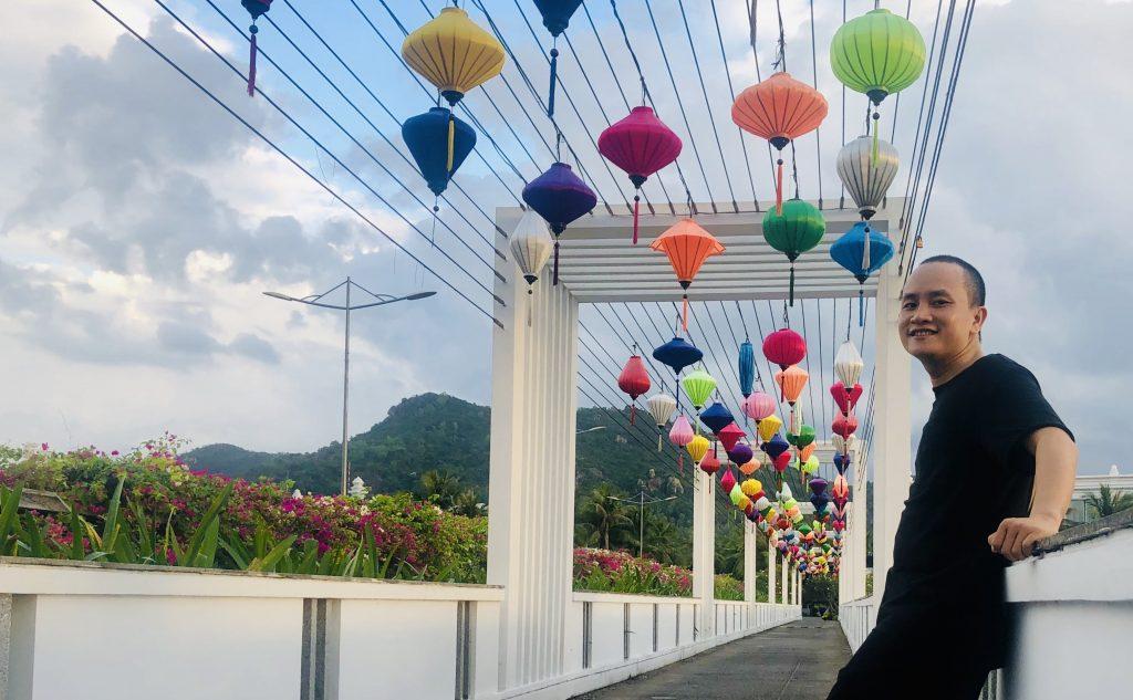 Hồ Phong Doanh nhân thành công